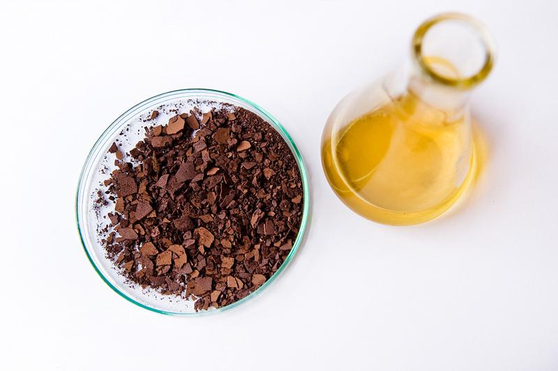 filtracja roztworów pogalwanicznych, odłtuszczanie w acetonie, zendra, miedź
